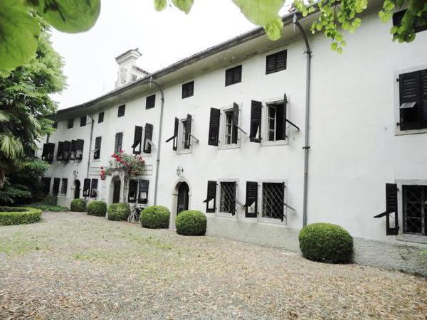 AUSSENANSICHTEN - Villa