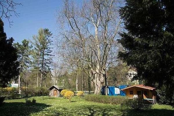 BAUGRUND 1228 m² in VILLENGEGEND - HINTERBRÜHL