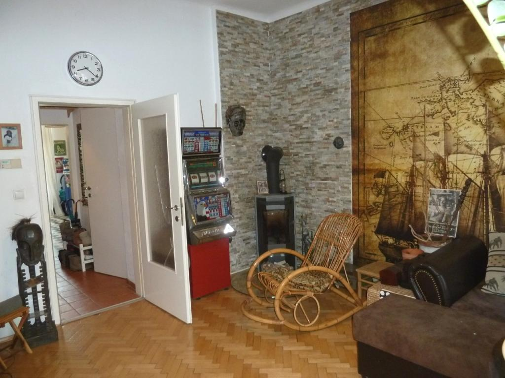 INNENANSICHTEN - Wohnzimmer mit Schwedenofen