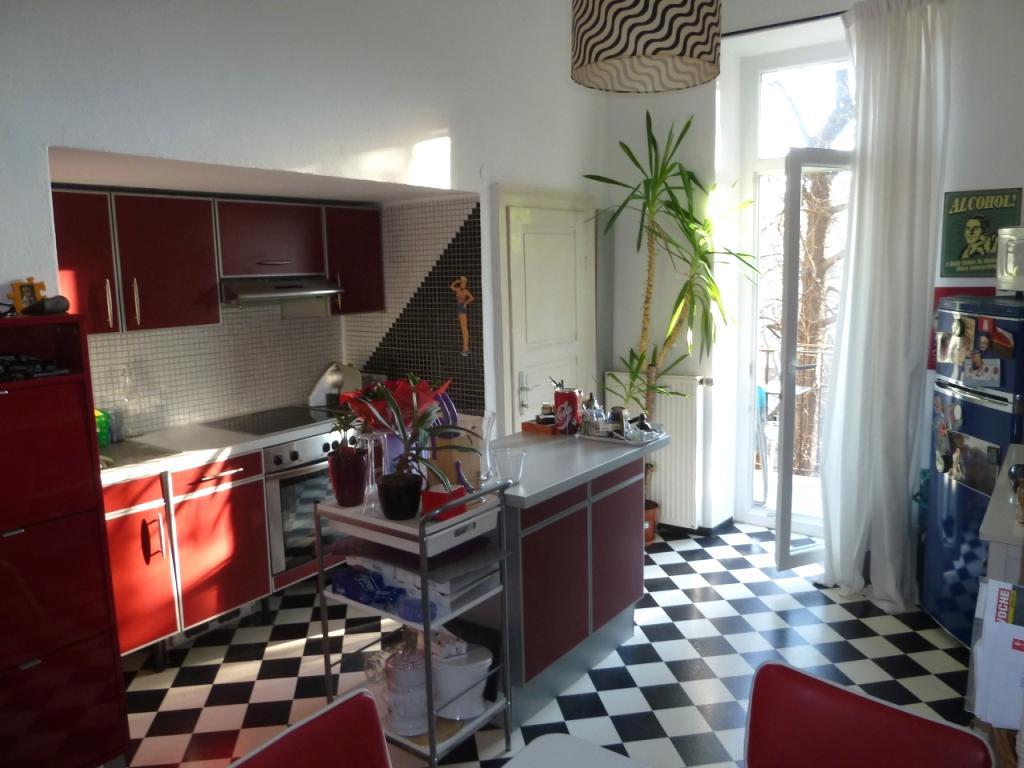 TITELBILD - Küche mit  Balkon in den Innenhof