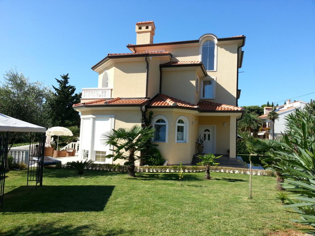 TITELBILD - Villa