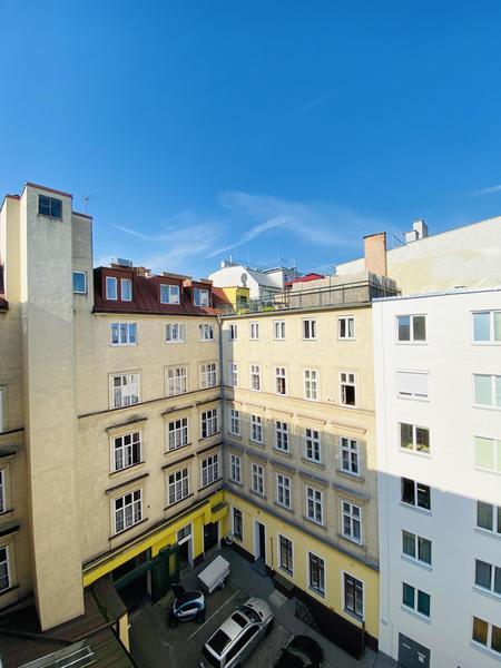 TOP LAGE 7. Bezirk ERSTBEZUG - Super schöne helle 3 Zimmer Wohnung - WG MÖGLICH