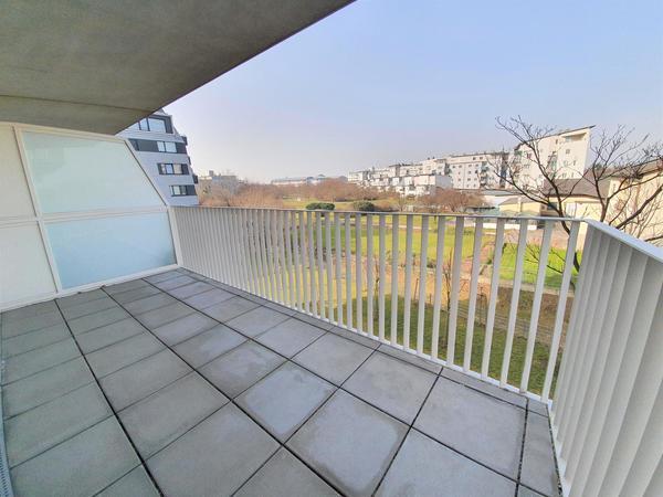 AUSSENANSICHTEN - Terrasse
