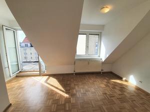 KLEIN - FEIN - RUHIG - Schöne Dachterrassenwohnung zum Wohlfühlen