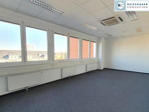 Gut geschnittenes 2er Büro + Serverraum, Teeküche und großem Empfangsbereich