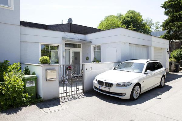 AUSSENANSICHTEN - Aussenansicht Haus