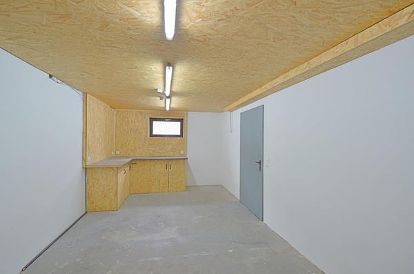 AUSSENANSICHTEN - Werkstatt