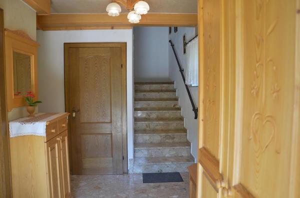 INNENANSICHTEN - Vorzimmer Eingang KG