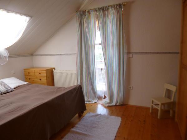 INNENANSICHTEN - Schlafzimmer mit Balkon