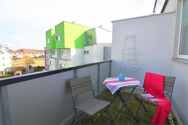 AUSSENANSICHTEN - Balkon_Schlafzimmer