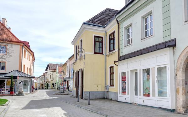 TITELBILD - Blick_Herrengasse_Neunkirchen