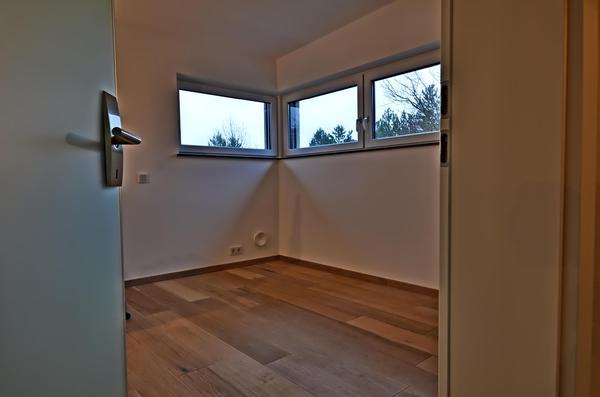INNENANSICHTEN - Schlafzimmer_Schrankraum