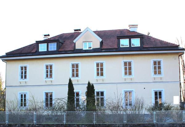 Stilvolle, historische Villa in Traumlage Aigen!
