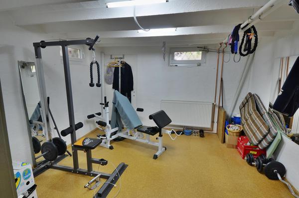 INNENANSICHTEN - UG_Keller_Fitnessraum