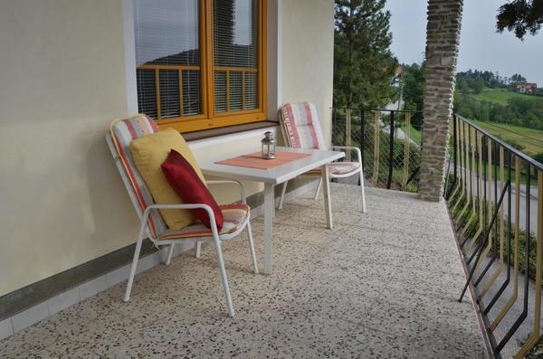 AUSSENANSICHTEN - Balkon