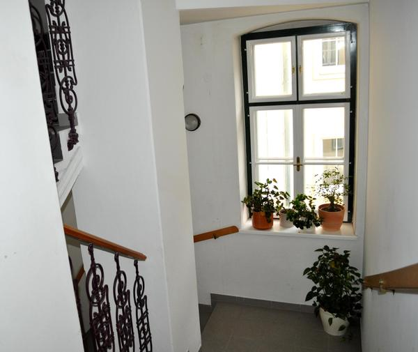 INNENANSICHTEN - Stiegenhaus_1