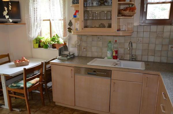INNENANSICHTEN - Küche mit Zugang zu Wintergarten