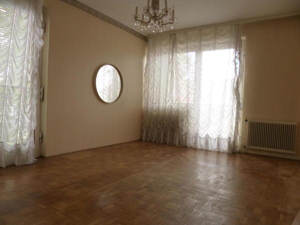 INNENANSICHTEN - Wohnzimmer.JPG