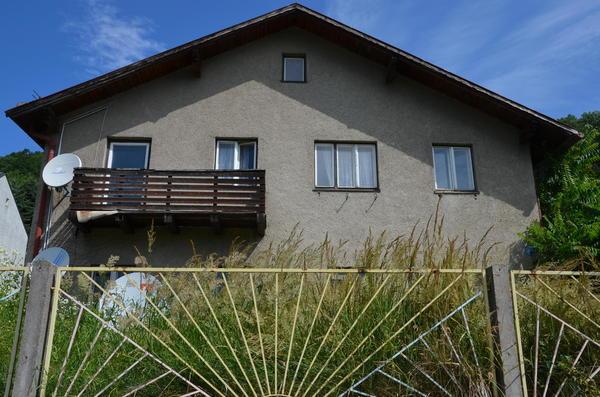 TITELBILD - Wohnhaus Strassenseite