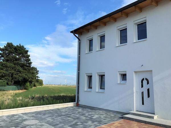 Erstbezug! HELLE 4-ZIMMER Doppelhaushälfte mit Eigengarten - nahe Wien