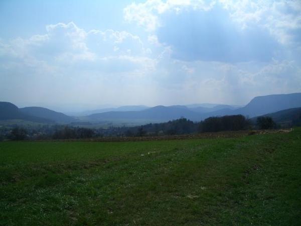 AUSSENANSICHTEN - Foto 3 Landschaft.jpg