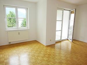 Gemütliche 3-Zimmer Wohnung mit Loggia und Tiefgaragenstellplatz in Micheldorf
