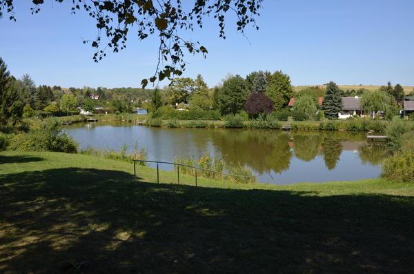 AUSSENANSICHTEN - See