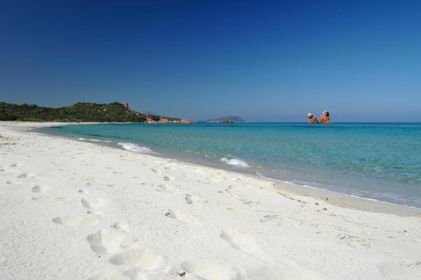 PRESTIGE LAND OF THE MOST PRISTINE BEACHES SARDINIA 25.500m² WITH HOTEL PROJEKT