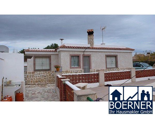 Region Alicante - Villa bei Busot mit 4 Schlafzimmern, Swimmingpool und Panor...