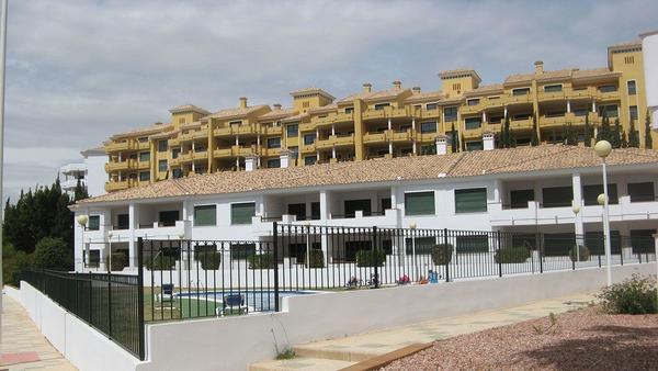 Attraktive und komfortable 3-Zimmer-Wohnungen, zum Teil mit Meerblick, am Ran...