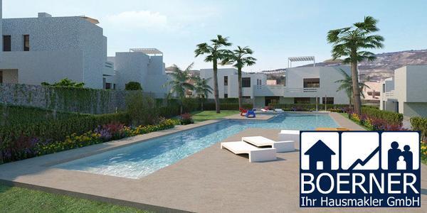 Hübsche Erdgeschoss-Appartements mit privaten Gärten und Gemeinschaftspool in...