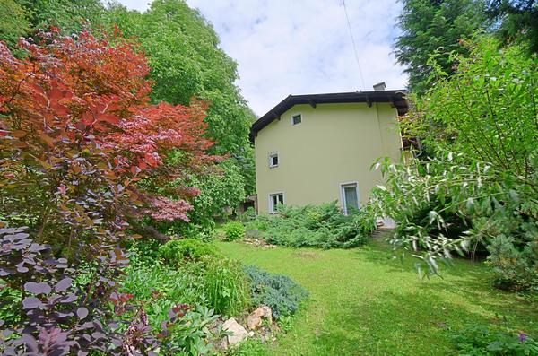 AUSSENANSICHTEN - Garten_Seite