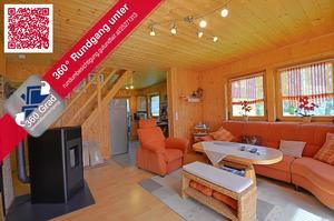 RESERVIERT! Einfamilienhaus mit Holzhäuschen