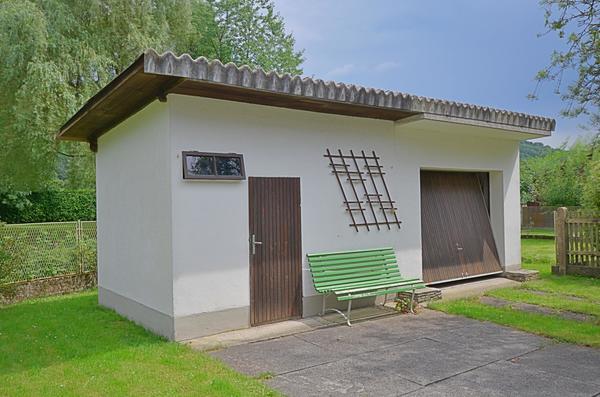 AUSSENANSICHTEN - Garage