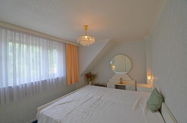 INNENANSICHTEN - Schlafzimmer_oben_R