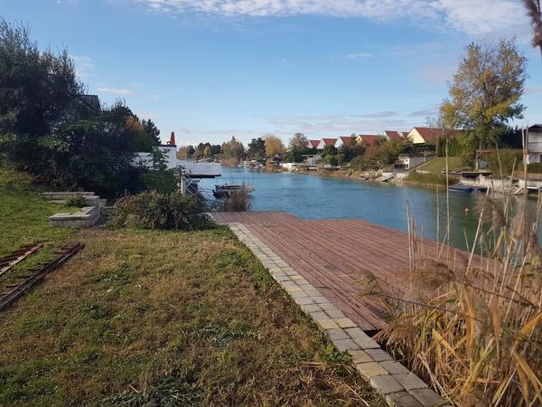 Direkt am Wasser! Grundstück mit ca. 445 m²