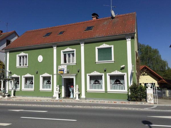 TOP! Mehrfamilienhaus mit 5 Apartments und Cafe (Gewerbelokal)