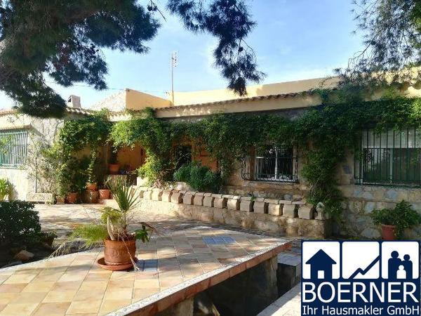 Grosszügige Villa im Raum El Campello