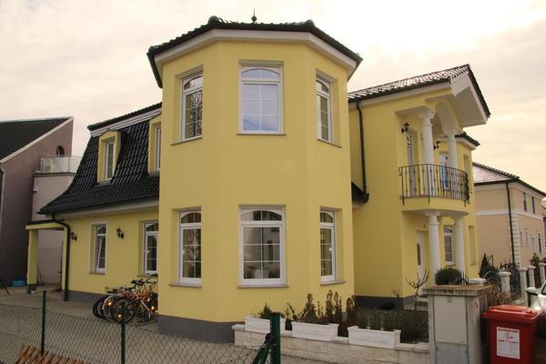 ELEGANTE & STILLVOLLE VILLA - Schwadorf bei WIEN