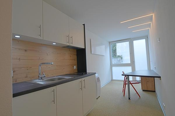 INNENANSICHTEN - Küche / Wohnbereich