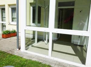 Schöne 3-Zimmer Wohnung mit Wintergarten, Terrasse und Tiefgaragenplatz