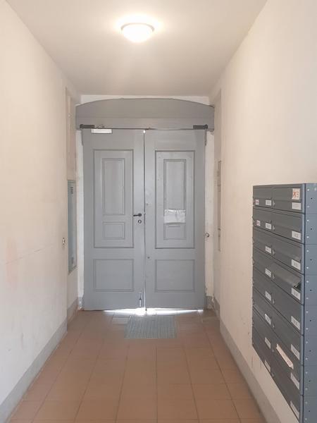 INNENANSICHTEN - Eingangsbereich