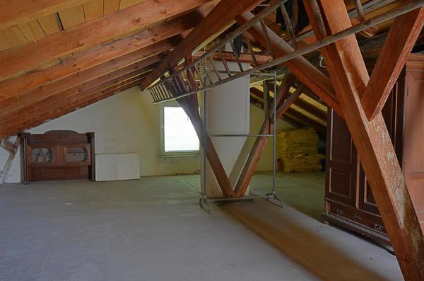 INNENANSICHTEN - Dachboden