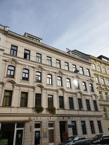 NEUER PREIS!!! - ERSTBEZUG - Sonnige 4-Zimmer Dachgeschoss-Wohnung