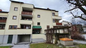 Kleine, aber feine Mietwohnung mit großem Balkon, Tiefgarage und Gartenmitben.