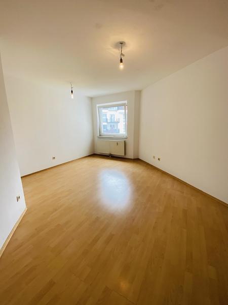 TITELBILD - Zimmer 3